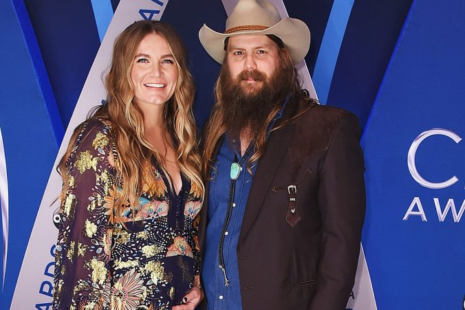 chris-morgane-stapleton-gallery-2017-cma-awards
