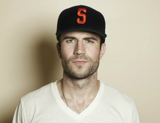 sam-hunt-leave-the-night-on